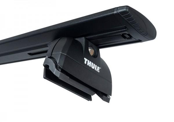 Thule Wingbar juodi stogui su integruotais reilingais