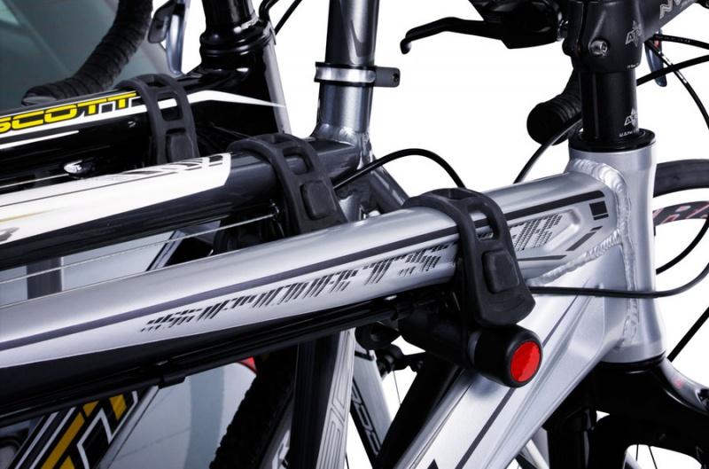 Thule HangOn 3 dviračiams, nenusilenkiantis